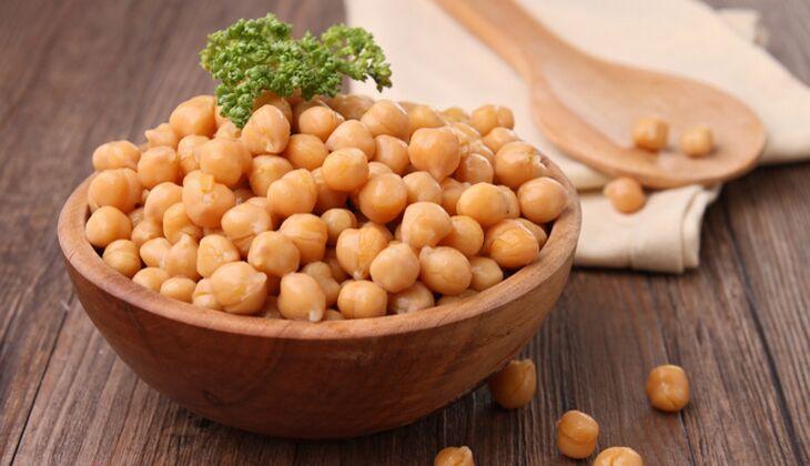 100 Gramm Kichererbsen (Trockenprodukt) enthalten 340 Mikrogramm Folsäure