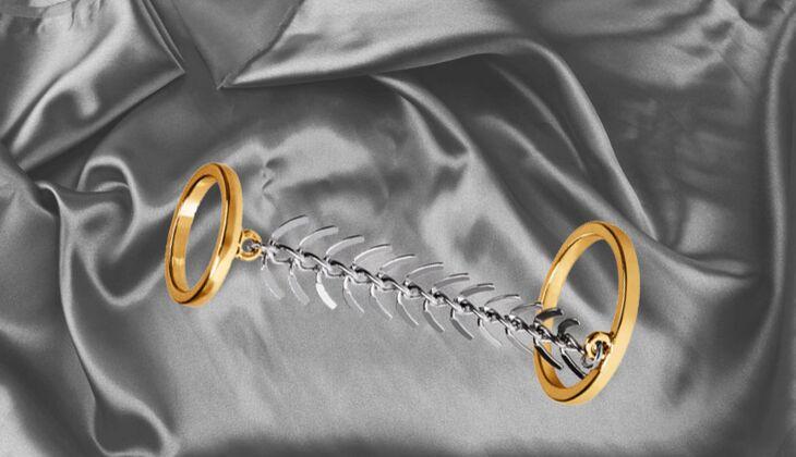 Auffälliger Ring von H&M, zirka 4 Euro