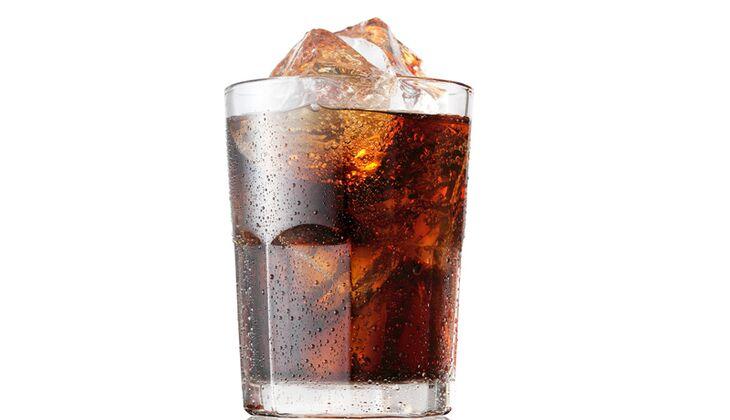 Cola verdankt ihre brauen Farbe Zuckerkulör