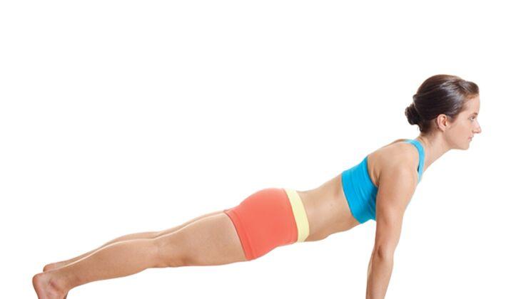 Den Körper entgiften beim Yoga: Brett