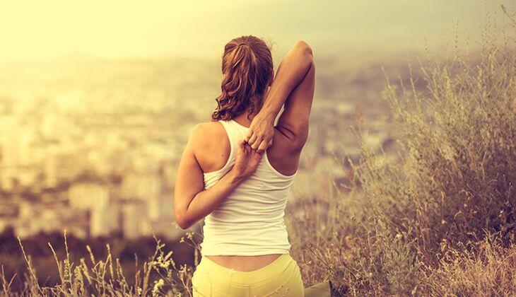 Entgiften Sie Ihren Körper beim Yoga