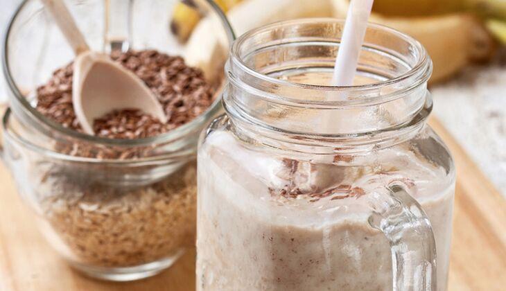 Erdnussbutter-Haferflocken-Shake