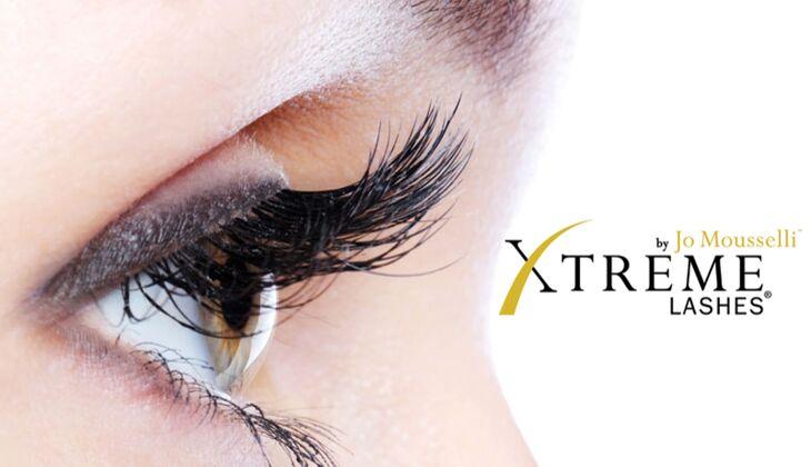 Extreme Lashes verlängert Wimpern mit Extensions