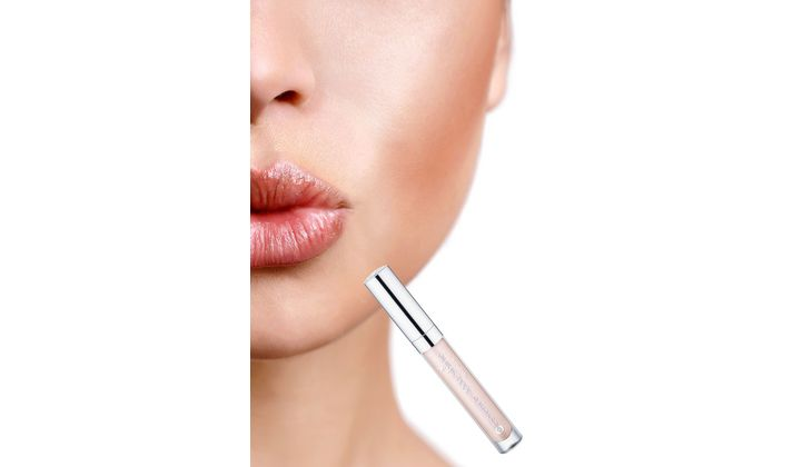 Für volle Lippen: Essence New In Town XXXL Shine Lipgloss