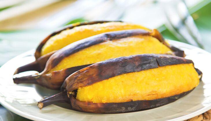 Grillbananen sind ein leckeres Dessert beim Grillen