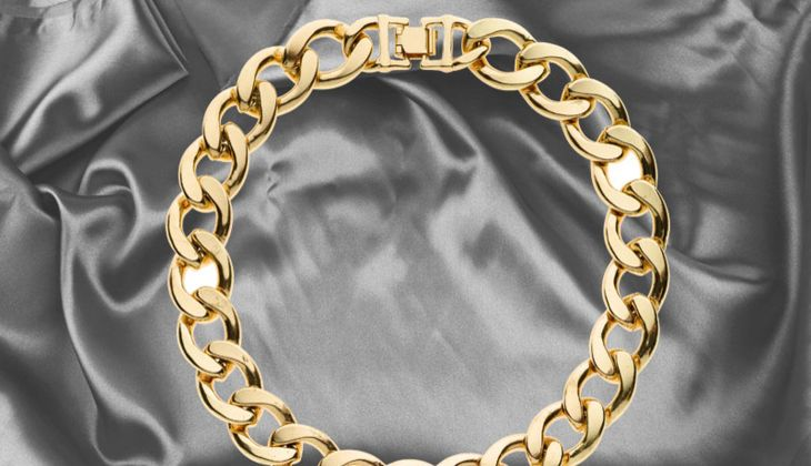 Grobgliedrige Goldkette von Review, zirka 17 Euro