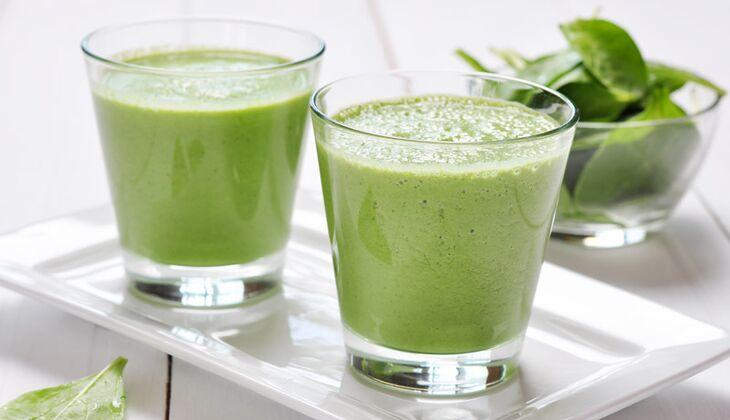 Grüner Kokos-Spinat-Smoothie
