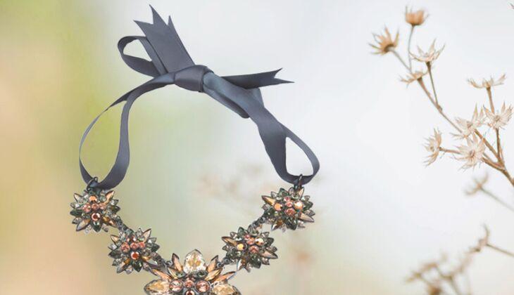 Halskette mit Satainband von Filini