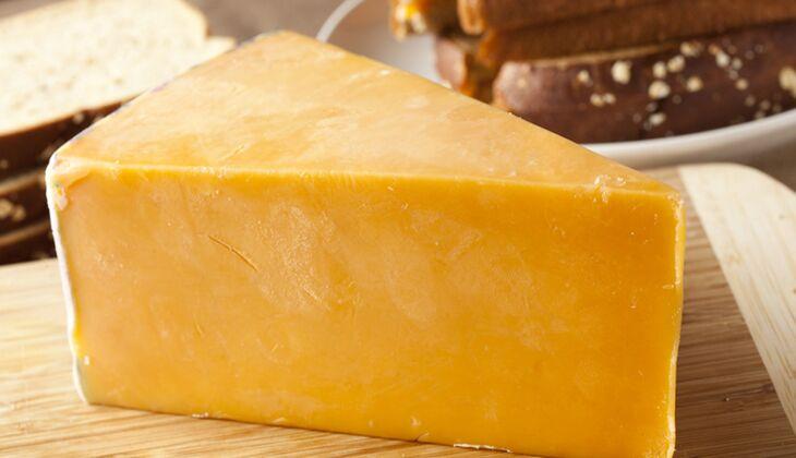 Käse im Kalorienvergleich: Cheddar