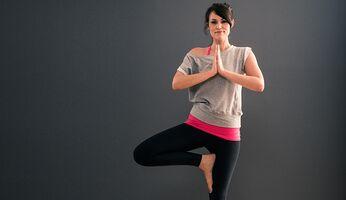 Kathleen will beim Yoga entspannen