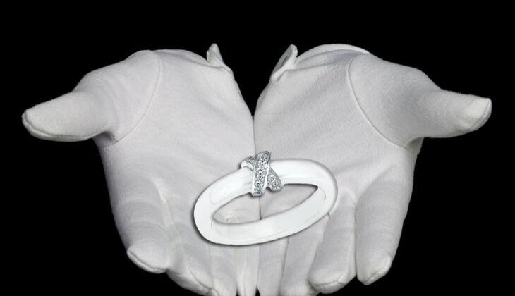 Keramik-Ring von s.Oliver, zirka 60 Euro