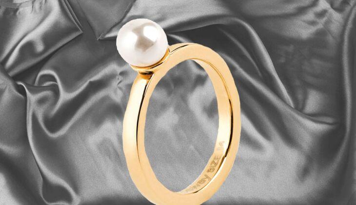 Klassischer Ring mit Perle von Brosway, zirka 22 Euro, über Zalando