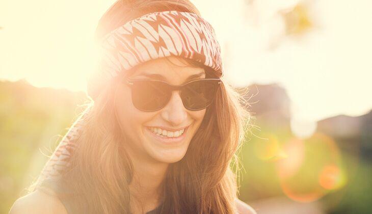Lächelnde Menschen sind zufriedener