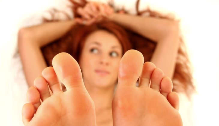 Legen Sie nach dem Fußbad die Beine hoch