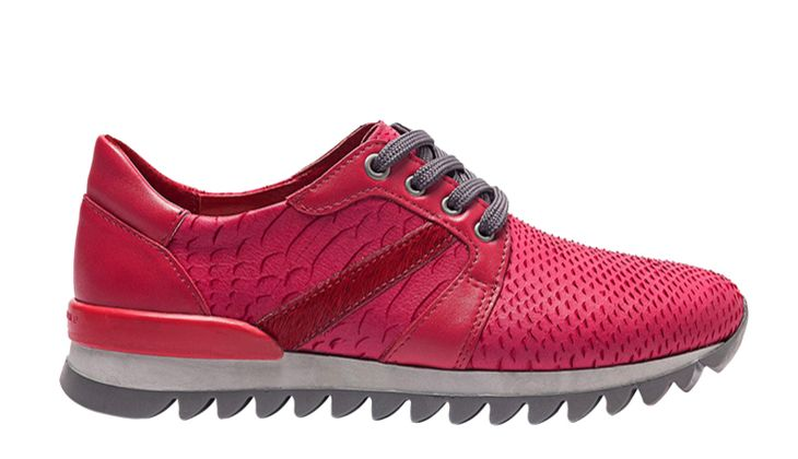 Sneakers von Liebeskind, um 150 Euro