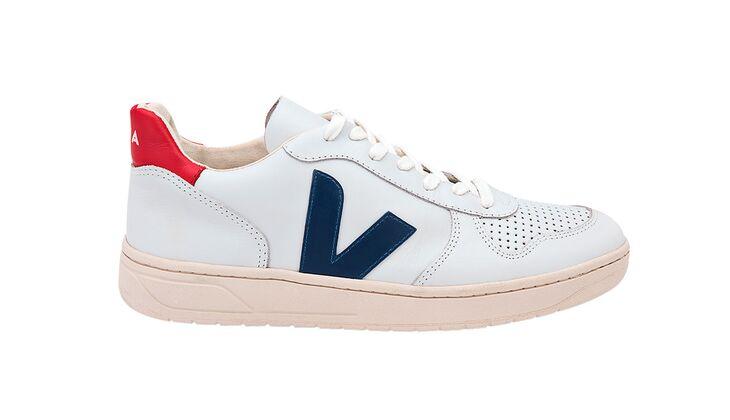Sneakers von Veja, um 120 Euro