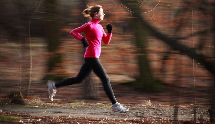 So joggen Sie garantiert durch Herbst und Winter
