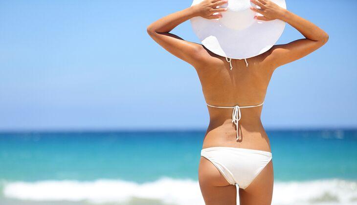 Sonnencremes und Sonnenspray schützen Haut und Haaare im Sommer