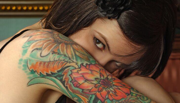 Tattoos liegen bei Frauen voll im Trend