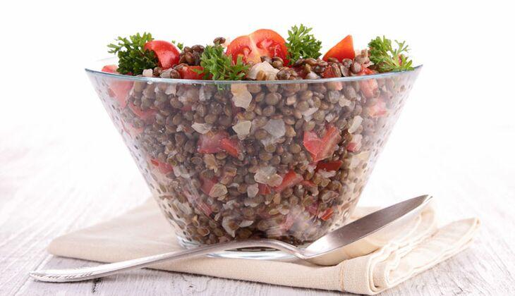 Tomaten-Linsen-Salat