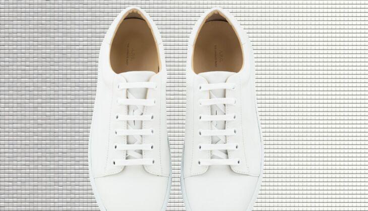 Weiße Sneaker von APC