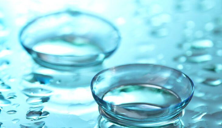 Wissenswertes über Kontaktlinsen: Braucht man im Sommer Reinigungsmittel mit Proteinentferner oder reicht normales?