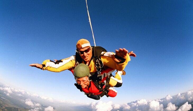 Wochenendtipp: Fallschirm-Sprung