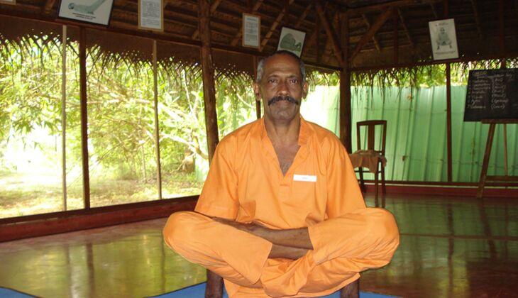 Yoga- und Karate-Meister Gopal