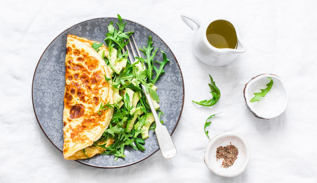 Omelette mit Rucola und Avocado: Saulecker!